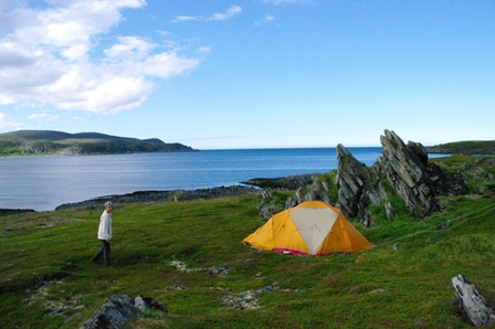 Vue sur la mer de Barents, un bivouac de luxe...