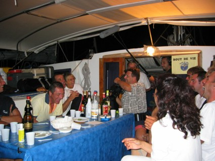 Stage 2003, ambiance chaleureuse  bord du catamaran Zigliara...